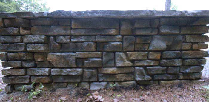 Redi-Rock Mount Mansfield Summit Grey Retaining Wall