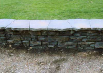 Mount Mansfield Summit Gray on Ledgestone lends a very high-end look that is preferred in both commercial and residential settings alike