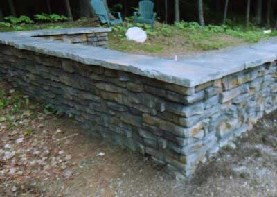 Mount Mansfield Summit Gray enhances the look of Redi-Rock Ledgestone