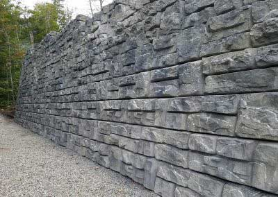19-After-The-Redi-Rock-Ledgestone-wall-is-an-exact-match-to-Mount-Mansfield,-Stowe-VT-with-our-exclusive-Mansfield-Summit-Gray